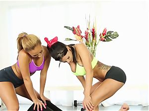 sport drilling with Gianna Nicole and Peta Jensen