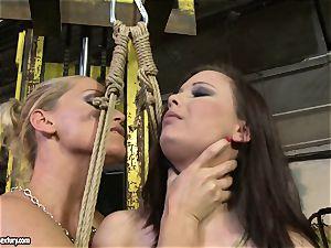 Kathia Nobili crop the tongue of sweetie lady