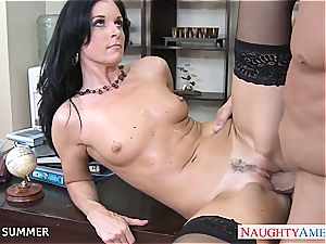 India Summer looks super-sexy in high heels getting pounded