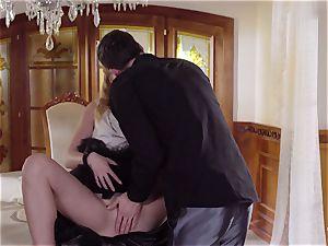 PINUP fuck-fest - ultra-cute Czech ash-blonde loves sensual penetrate