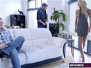 mom humps sonny And eats internal ejaculation For Thanksgiving treat