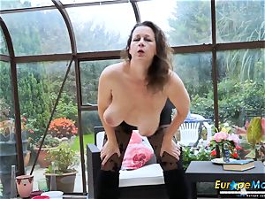 EuropeMaturE super-hot buxomy Solo gal frolicking Alone