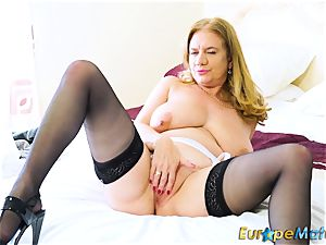 EuropeMaturE sexy Mature Solos super-steamy Compilation