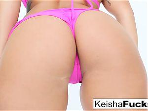 super-fucking-hot adult movie star Keisha gets her raw muff boinked