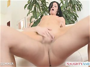 brown-haired India Summer gets honeypot boinked