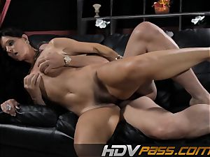black-haired babe India Summer penetrates with fervor in livingroom