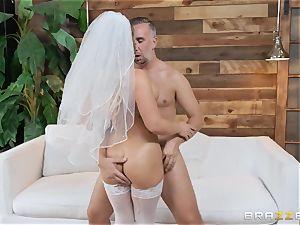 Cali Carter boinked in her bridal underwear