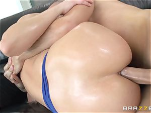 harsh ass-fuck with lubed up doll Anikka Albrite