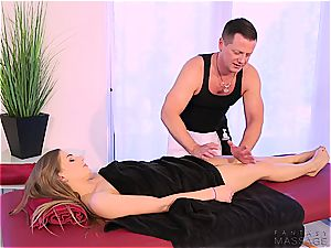 red-hot sister boned by her masseur bro