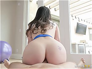 Lana Rhoades gets her donk plunged during a yoga class